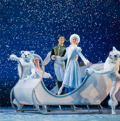 nutcracker-alberta-ballet-darren-makoivichuk-sleigh